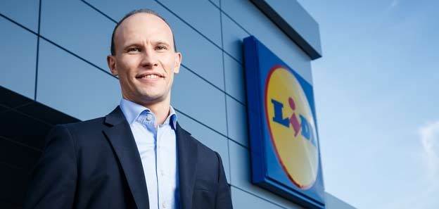 lidl favorise la cr u00e9ation d u2019emplois et la promotion interne