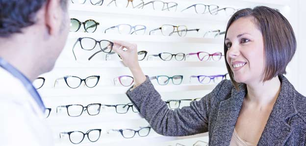 Comment devenir opticien ?