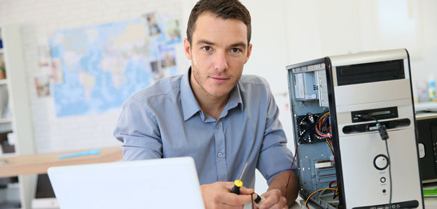 Comment devenir technicien de maintenance en informatique ?